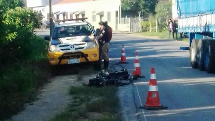 Lapeano perdeu a vida próximo de sua residência, sendo atropelado por um caminhão.
