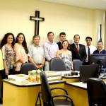 Nova diretoria eleita, junto a Juiz e Promotor da Comarca, durante a posse.