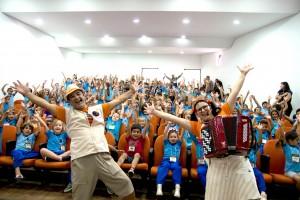 Jacuí e Maricota empolgaram a plateia na quinta-feira, no auditório da Secretaria de Educação.